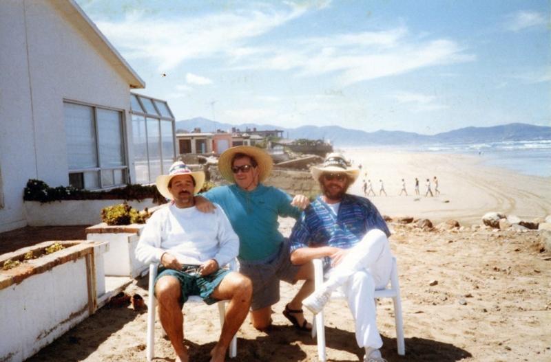 FRIENDS-MIKE-DAVE-JB-Cabo beach - Copy