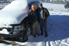 HUNTING-MIKE-DAD-vehicle-in-snow