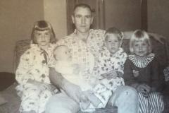 SIBS-W-DAD-1960s - Copy